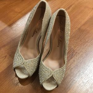 De Blossom Collection high heels with nude sequins
